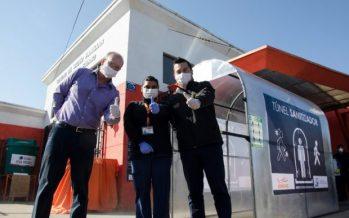 """Camanchaca instala """"túnel sanitizador"""" en centro de salud de Coronel"""