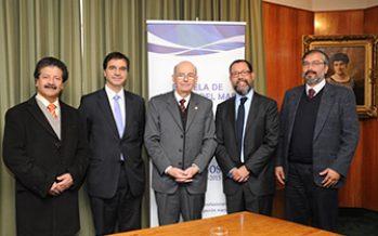 PUCV y SONAPESCA suscriben convenio de cooperación en investigación científica