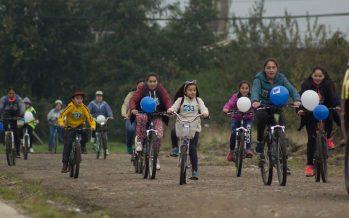 Friosur organiza cicletada familiar para conmemorar el día del trabajador