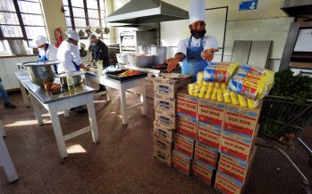 Entregan más de 2.200 almuerzos solidarios en La Serena y Coquimbo