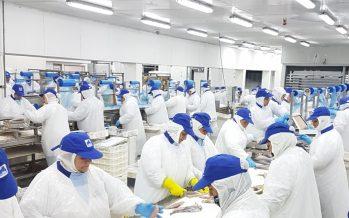 Sonapesca destaca que trabajadores de Friosur se conviertan en dueños del 20% de la empresa
