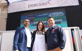 """Con """"cocina en vivo"""" incentivan consumo de pescados y mariscos estas Fiestas Patrias"""