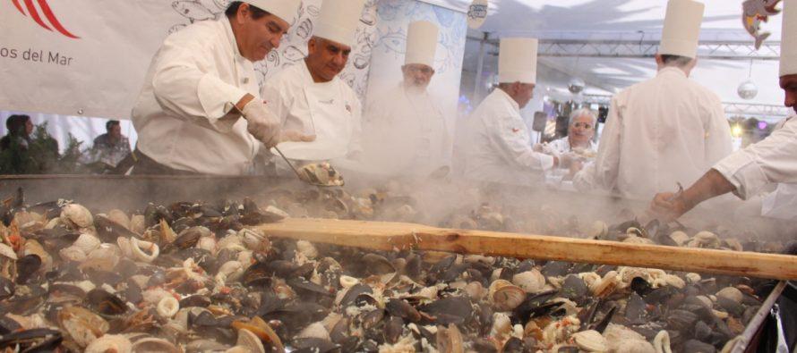 1.800 kilos en productos del mar se prepararon en actividades para el Festival de Viña del Mar