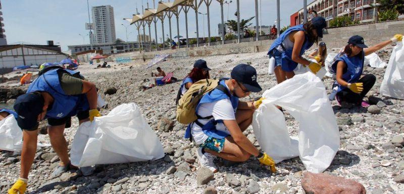 voluntarios-por-el-ocano-iquique-2-1200x800